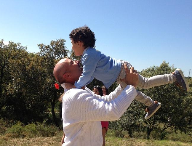 Pablo con su padre (mi hermano)