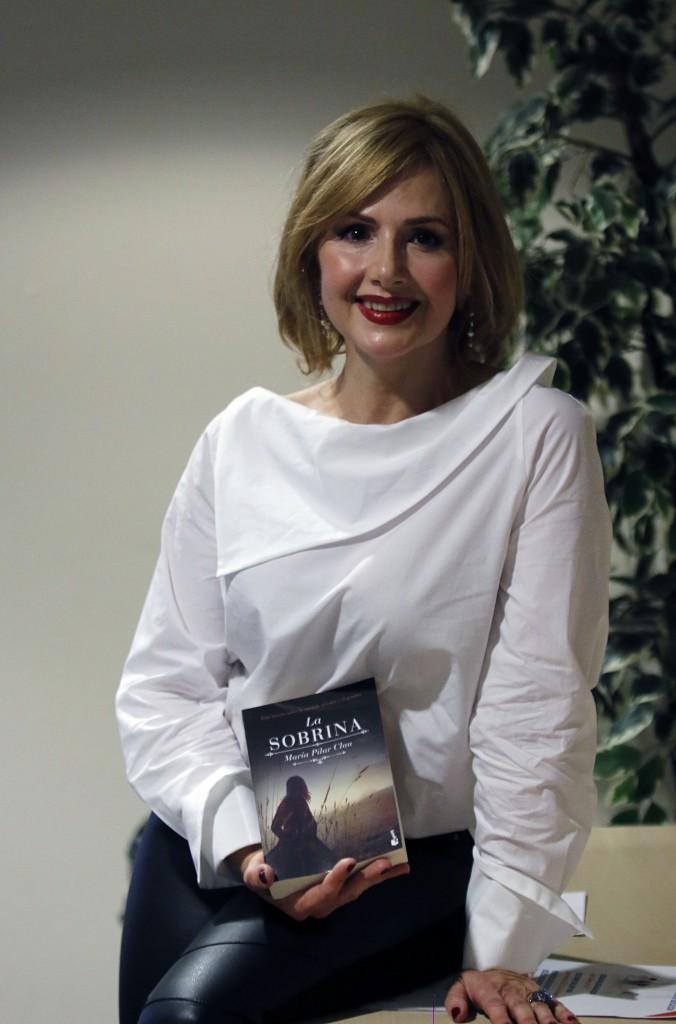 María Pilar Clau presenta libro mi sobrina  foto pablo segura 9 - 3 -18